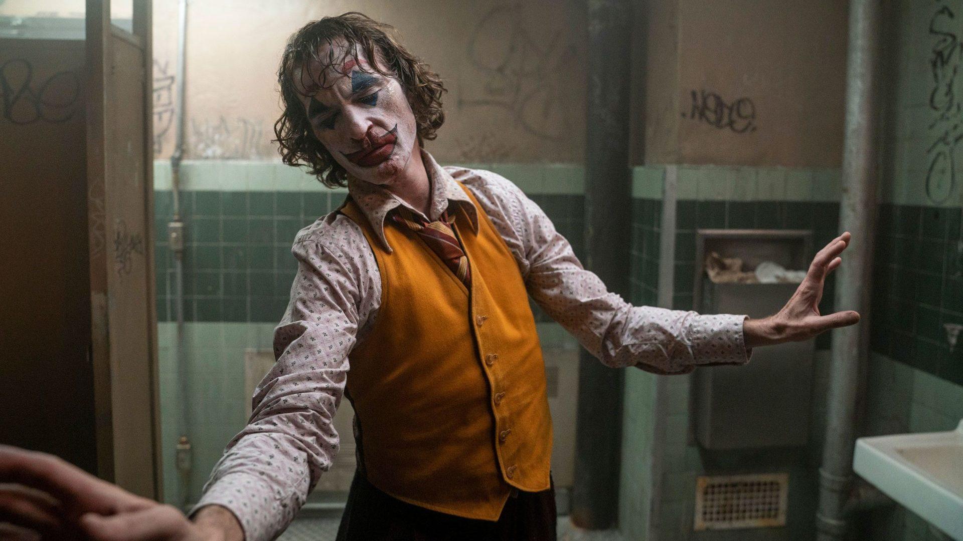 Joaquim-Phoenix-Joker-Coringa