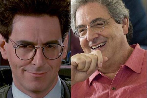 Harold Ramis como Egon Spengler e em uma foto mais atual.